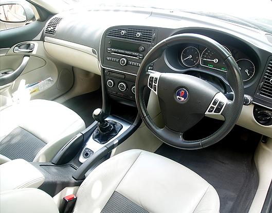 SvsS_Saab 9-3 Interior Side