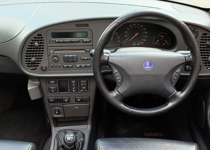 Saab Inside_1