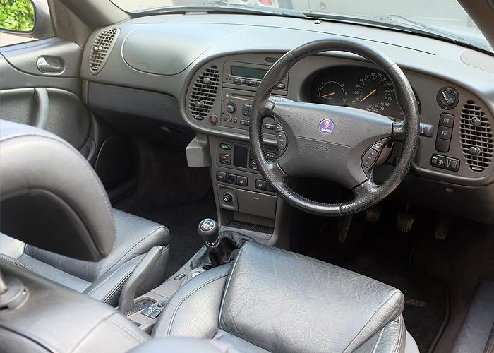 Saab Inside_5